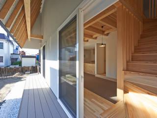 篠路の家: アトリエモノゴト 一級建築士事務所が手掛けた木造住宅です。