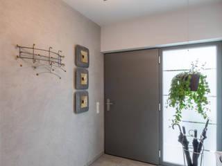 Sebastian Kopp Malermanufaktur Koridor & Tangga Modern Granit Grey