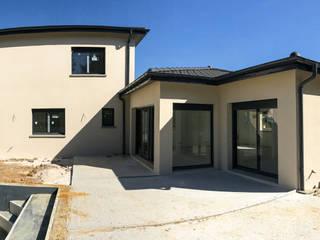 Maison d'architecte par VILLE ET HABITAT construction