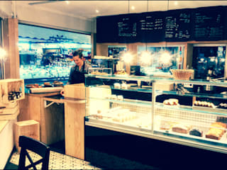 Cofee - shop Parisien - Nos Jours Heureux DE STYL Locaux commerciaux & Magasins Noir