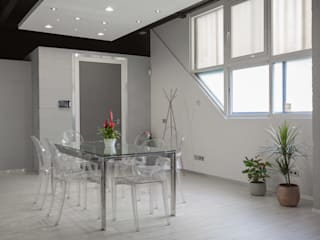 Oficinas y bibliotecas de estilo industrial de CABALLERO Fotografía de Arquitectura, Inmobiliaria e Interiorismo Industrial