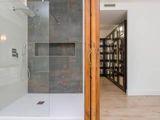 Fotografía Interiores: Baños de estilo  de CABALLERO Fotografía de Arquitectura, Inmobiliaria e Interiorismo