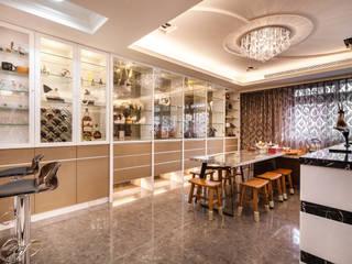 Espaços de restauração modernos por 好室佳室內設計 Moderno