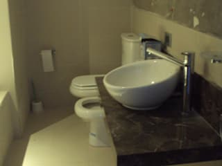 Depto C Baños modernos de GMV ESTUDIO Moderno