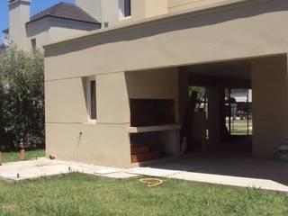 Casa M - Funes Casas modernas: Ideas, imágenes y decoración de GMV ESTUDIO Moderno