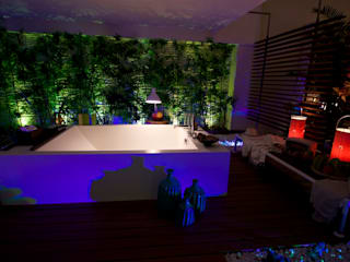 Spa in Showroom Signum Contract di Signum Contract Tropicale