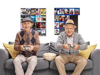 Wandregale für Xbox, Wii und PlayStation Konsolenspiele: modern  von CD-Wall,Modern