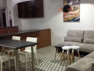 Cafetería Gastronomía de estilo moderno de TAB Muebles Moderno