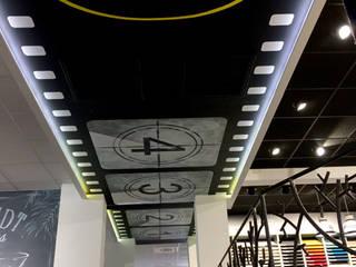 Peinture au plafond au Cuisines Schmidt Cannes par Solutions Créatives
