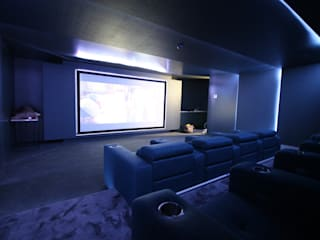 Home Cinema por HOME Technology Designers Moderno