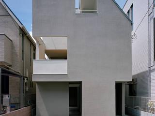 神楽坂の住宅 の 山下大輔建築設計事務所 モダン