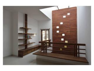 :  Study/office by Ineidos,