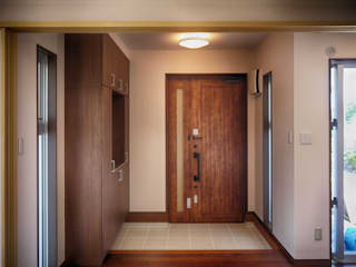 玄関ホール クラシカルスタイルの 玄関&廊下&階段 の 株式会社青空設計 クラシック