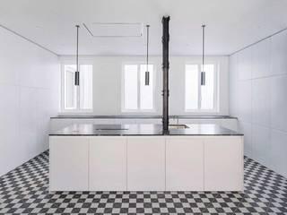 modern  door Muebles de Cocina Aries , Modern