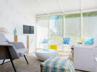 Habitaka diseño y decoración Mediterrane woonkamers Wit