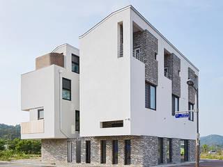 중정삼대: TODOT 의  주택,모던