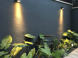 Jardines modernos de Au dehors Studio. Architettura del Paesaggio Moderno