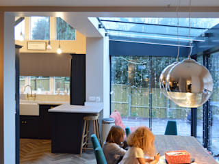 High Barnet EN5 | Locally Listed house extension Nowoczesna jadalnia od GOAStudio | London residential architecture Nowoczesny