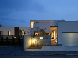 Houses by 株式会社 ATELIER O2