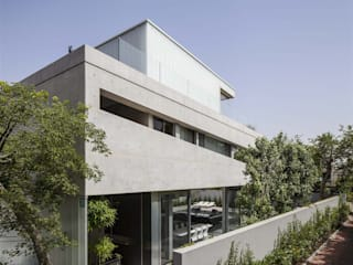 Carried out in the slightest details Moderne Häuser von Ecologic City Garden - Paul Marie Creation Modern