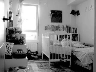 Modern nursery/kids room by Las Casas de Iridella Modern