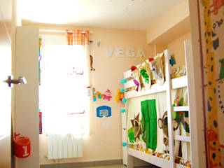 Casa Vega y Mateo Dormitorios infantiles de estilo moderno de Las Casas de Iridella Moderno