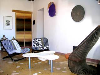 Modern living room by Las Casas de Iridella Modern