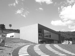 Maison individuelle de style  par ODVO Arquitetura e Urbanismo, Moderne