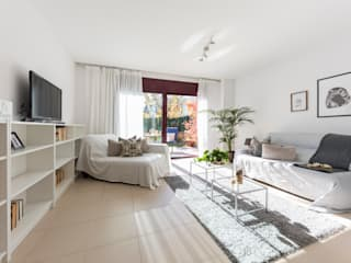 Salón: Salones de estilo  de Redecoram Home Staging