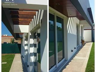 Casas modernas de Estudio A+I Moderno