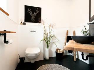 Banovo GmbH Rustic style bathroom
