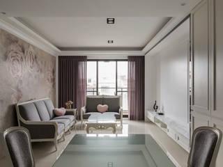 Wohnzimmer von 齊家。空間設計, Klassisch