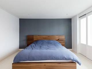 Salas multimedia de estilo moderno por 한디자인 / HAN DESIGN