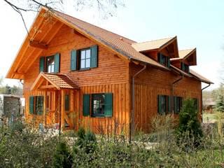 Rumah Gaya Rustic Oleh SCHOß INGENIEUR GmbH Rustic