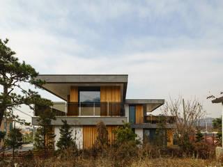 경함재 (景椷齋) : 풍경을 담은 집 by 위즈스케일디자인 모던