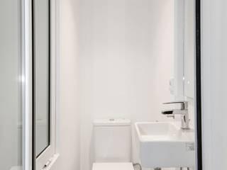 Gramil Interiorismo II - Decoradores y diseñadores de interiores Baños de estilo mediterráneo