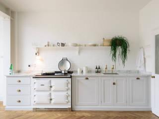 The Strawberry Hill Kitchen by deVOL deVOL Kitchens Kitchen units Wood Grey