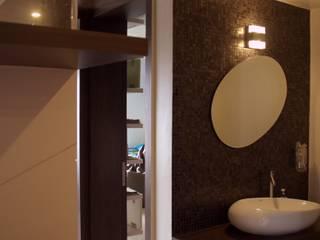 4 BHK Luxurious Apartment at Mont Vert Dieu Modern corridor, hallway & stairs by AreaPlanz Design Modern