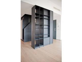 Livings de estilo minimalista de Gianluca Bugeia ARCHITETTO Minimalista