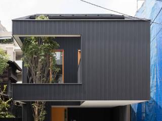 外観: Ryo MURATA Laboratoryが手掛けた家です。