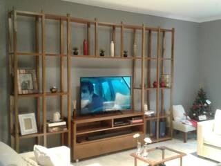 Mueble para TV + biblioteca en petiribí:  de estilo  por Nestorcahu