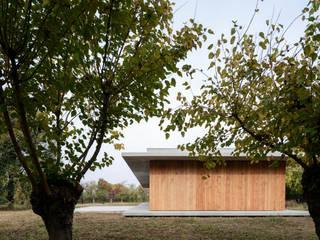 058_VILLA IN CAMPAGNA: Cucina in stile in stile Moderno di MIDE architetti