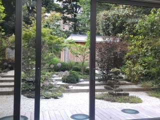 Jardin : Jardines de estilo  de KT interiors