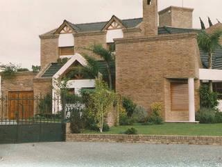 Casa Z de Estudio D3B Arquitectos Clásico