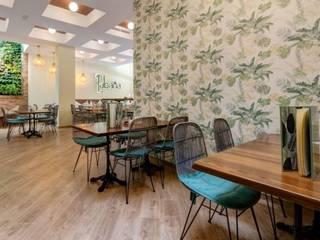 LABANA HOME BAR : Bares y Clubs de estilo  de MisterWils - Importadores de Mobiliario y departamento de Proyectos., Mediterráneo