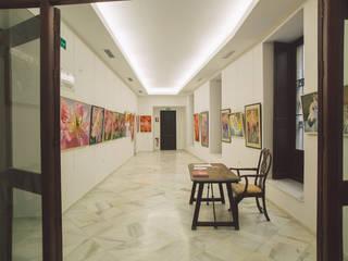 Palacio Virrey Laserna: Estudios y despachos de estilo  de MALBArquitectos