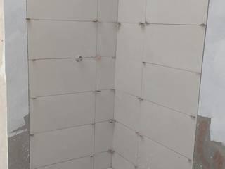 Bathroom by INSTALACIONES MENDOZA, Classic
