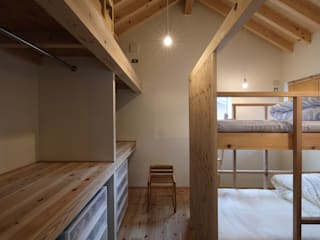 芦田成人建築設計事務所 Scandinavian style nursery/kids room Wood