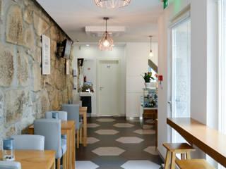 Com Coure: Bares e clubes  por FIlipa Figueira Arquitectura