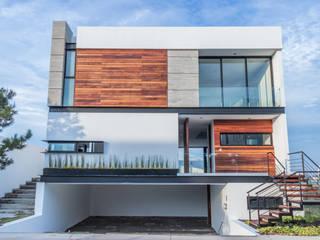 SESIÓN FOTOGRÁFICA PUERTA LAS LOMAS - DÍA - : Casas unifamiliares de estilo  por ECKEN virtual spaces